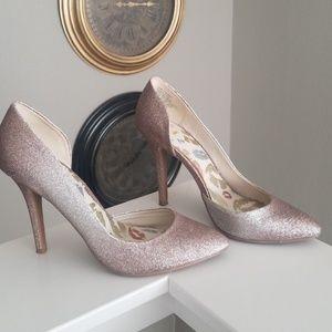 Gold Heels/pumps